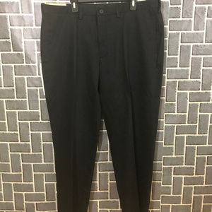 HAGGAR H26 MENS BLACK SZ 42X30 NO IRON PANTS NWT